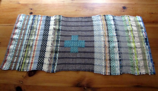 Avalanche looms table runner