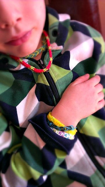 Jneck+bracelets